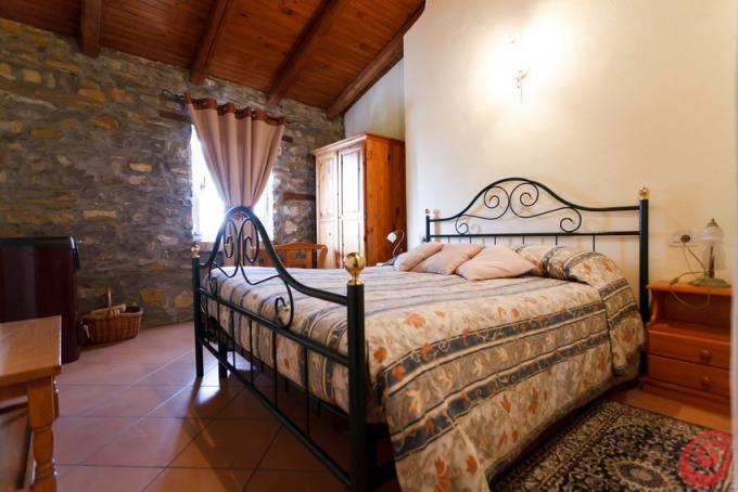 Camere da letto rustiche casa e trend for Camere da letto piccole