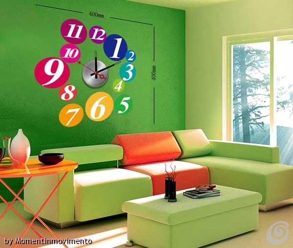 Idee arredo camerette: orologi adesivi colorati per le pareti – Casa ...