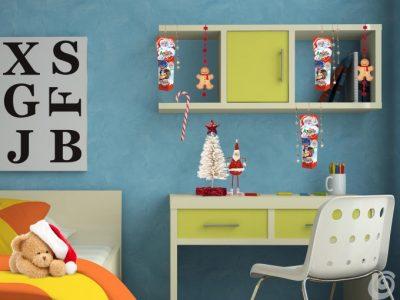 Cameretta maschietti: scotch, catenelle colorate, omini di panno, bastoncino di zucchero e Kinder Sorpresa Happy Feet 2