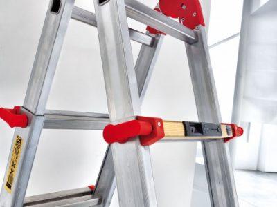 L'indispensabile scala in alluminio.