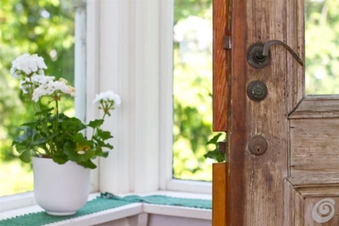 Porte e maniglie antiche per la casa di campagna casa e for Porte interne antiche