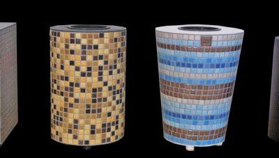 Collezione dei vasi con tasselli di ceramica